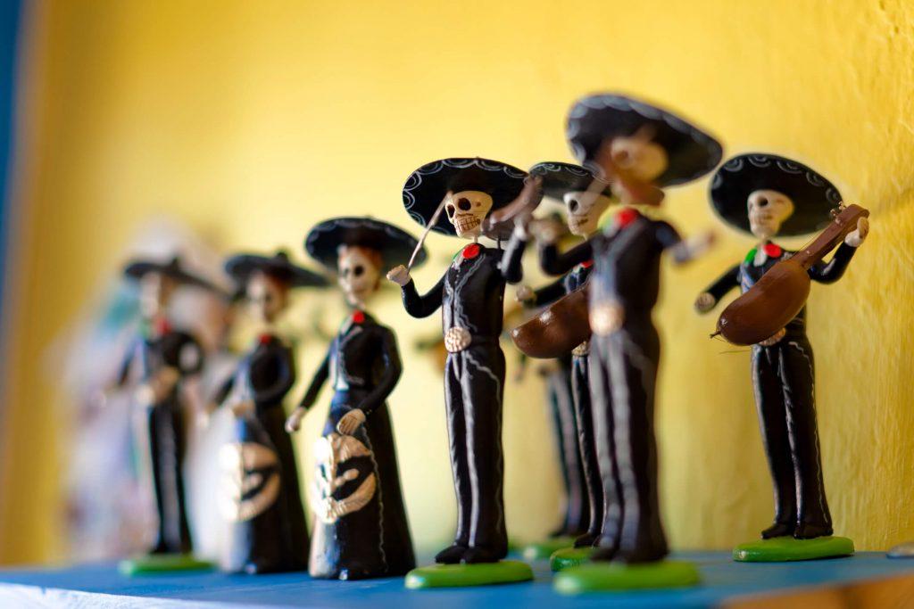 mariachis-dia-de-santos